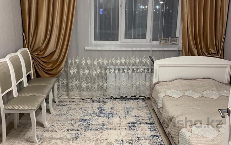 3-комнатная квартира, 84 м², 2/8 этаж, 38-ая 15 за 36.5 млн 〒 в Нур-Султане (Астана), Есиль р-н