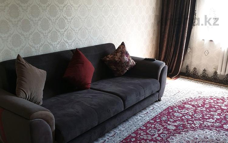 1-комнатная квартира, 33 м², 2/5 этаж посуточно, улица Зенкова 56 — Виноградова за 8 000 〒 в Алматы, Медеуский р-н