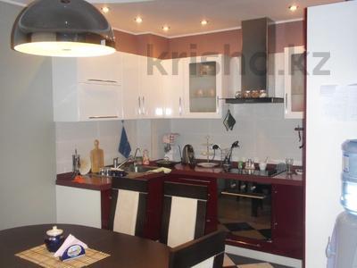 4-комнатная квартира, 110 м², 3/12 эт., Валиханова 1 за 38 млн ₸ в Нур-Султане (Астана), р-н Байконур