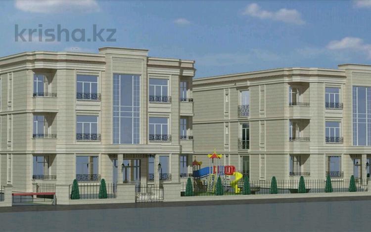 3-комнатная квартира, 105 м², 2/3 эт., Достык 1 — Сарайшык за 35 млн ₸ в Уральске