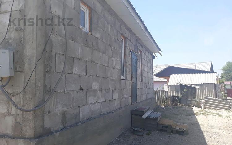 7-комнатный дом, 4 м², 4 сот., мкр Шанырак-2 25/1 за 9.5 млн ₸ в Алматы, Алатауский р-н