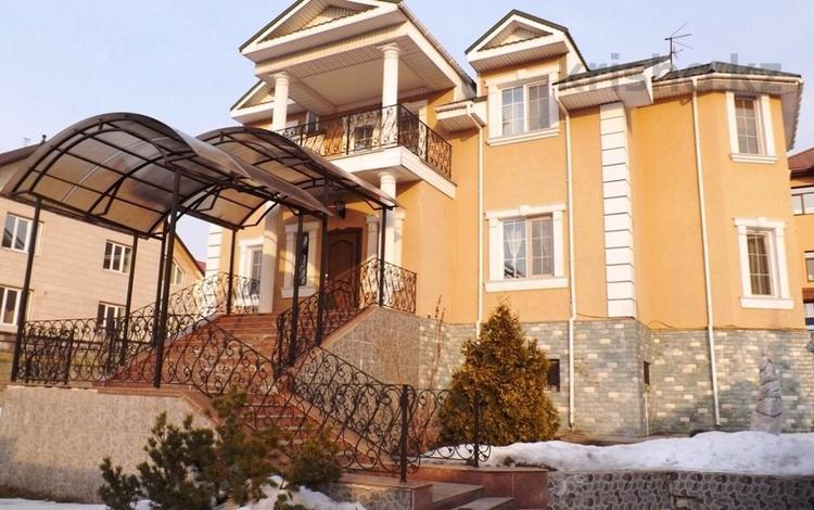 6-комнатный дом, 400 м², 10 сот., Нижняя Сагадата Нурмагамбетова за 175 млн ₸ в Алматы, Медеуский р-н