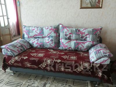 2-комнатная квартира, 60 м², 3/4 эт. посуточно, Ленина 14 за 8 000 ₸ в Семее — фото 2