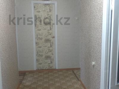 3-комнатная квартира, 60.9 м², 2/5 этаж, Царева 13 за 6.5 млн 〒 в Аксу — фото 12