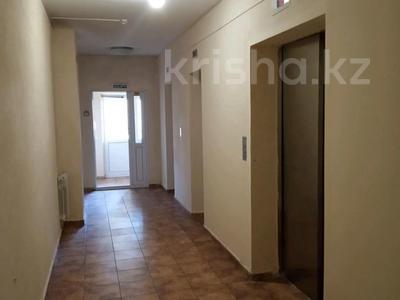 2-комнатная квартира, 84.8 м², 13/20 эт., Кенесары 65 за 23.8 млн ₸ в Нур-Султане (Астана), р-н Байконур — фото 9