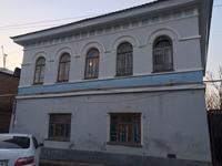 10-комнатный дом, 208 м², 4 сот.