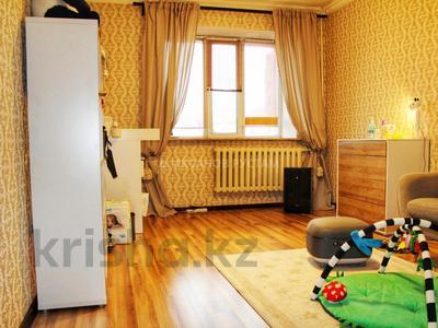3-комнатная квартира, 81 м², 9/13 этаж, Отырар — Шокана Валиханова за 25.7 млн 〒 в Нур-Султане (Астана), р-н Байконур — фото 12