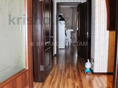 3-комнатная квартира, 81 м², 9/13 этаж, Отырар — Шокана Валиханова за 25.7 млн 〒 в Нур-Султане (Астана), р-н Байконур — фото 21