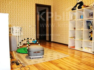 3-комнатная квартира, 81 м², 9/13 этаж, Отырар — Шокана Валиханова за 25.7 млн 〒 в Нур-Султане (Астана), р-н Байконур