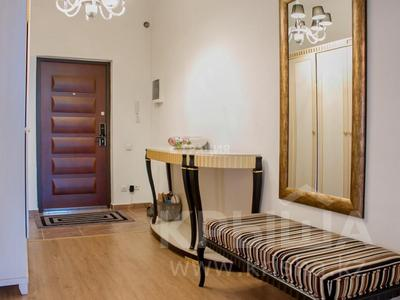 4-комнатная квартира, 156 м², 7/21 этаж, Аль-Фараби 21 за 135 млн 〒 в Алматы, Бостандыкский р-н — фото 20