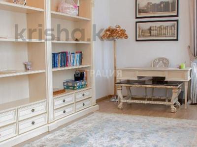 4-комнатная квартира, 156 м², 7/21 этаж, Аль-Фараби 21 за 135 млн 〒 в Алматы, Бостандыкский р-н — фото 8