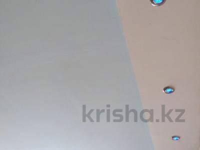 4-комнатный дом, 88 м², 10 сот., Тельмана 8/1 за 11 млн 〒 в Караганде, Октябрьский р-н — фото 7