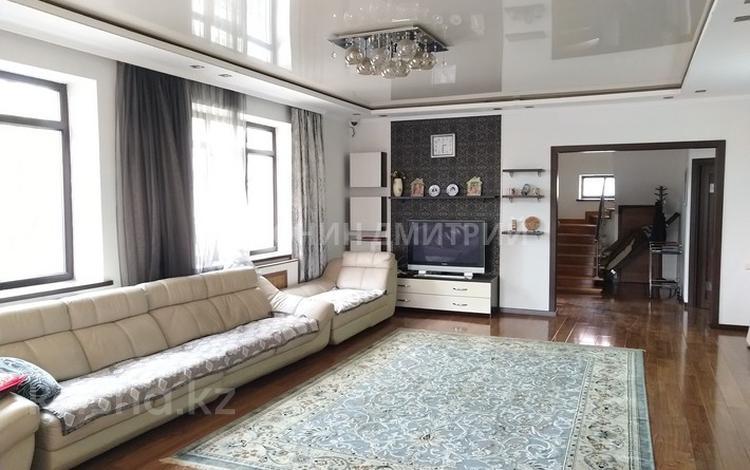 6-комнатный дом, 375 м², 12 сот., Коянкус — Уалиханова за 53 млн 〒