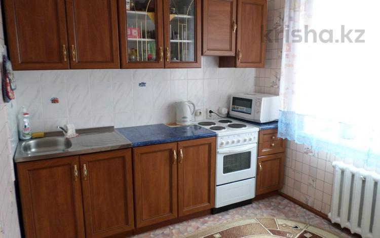 3-комнатная квартира, 70.3 м², 1/6 эт., Ленина 43 за 8.9 млн ₸ в Аксу