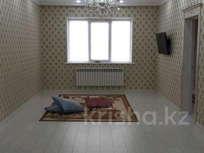 4-комнатный дом, 155 м², 5 сот., Надежды — Яблоневая за 25 млн 〒 в Уральске — фото 3