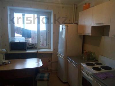 1-комнатная квартира, 39 м², 9/10 этаж, проспект Казыбек би 34 за 8.5 млн 〒 в Усть-Каменогорске — фото 2