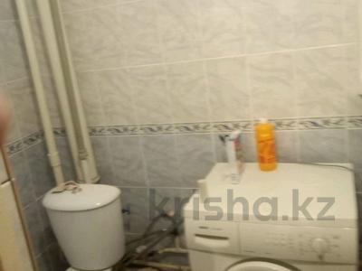 1-комнатная квартира, 39 м², 9/10 этаж, проспект Казыбек би 34 за 8.5 млн 〒 в Усть-Каменогорске — фото 6