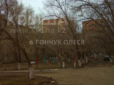 3-комнатная квартира, 59 м², 5/5 этаж, Лободы 37 за 11.5 млн 〒 в Караганде, Казыбек би р-н