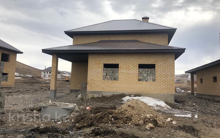8-комнатный дом, 168 м², 10 сот., 21 микрайон за 21 млн ₸ в Усть-Каменогорске