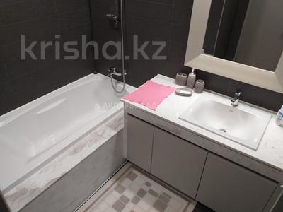 4-комнатная квартира, 135 м², 6/10 эт. помесячно, Нажимеденова 4 за 400 000 ₸ в Нур-Султане (Астана) — фото 11