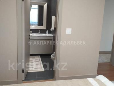 4-комнатная квартира, 135 м², 6/10 эт. помесячно, Нажимеденова 4 за 400 000 ₸ в Нур-Султане (Астана) — фото 20