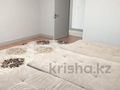 4-комнатная квартира, 135 м², 6/10 эт. помесячно, Нажимеденова 4 за 400 000 ₸ в Нур-Султане (Астана) — фото 24
