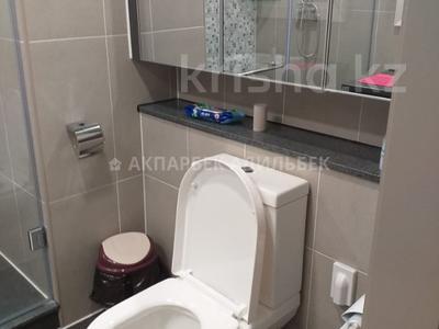 4-комнатная квартира, 135 м², 6/10 эт. помесячно, Нажимеденова 4 за 400 000 ₸ в Нур-Султане (Астана) — фото 6