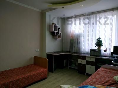 3-комнатная квартира, 96 м², 10/12 этаж, Кабанбай батыра 40 за 32.5 млн 〒 в Нур-Султане (Астана), Есиль р-н — фото 12