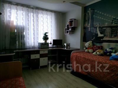 3-комнатная квартира, 96 м², 10/12 этаж, Кабанбай батыра 40 за 32.5 млн 〒 в Нур-Султане (Астана), Есиль р-н — фото 15