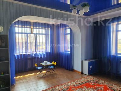 7-комнатный дом, 390 м², 7 сот., Ж/м им Тельмана за 115 млн 〒 в Нур-Султане (Астана), Есильский р-н — фото 4