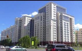 3-комнатная квартира, 100 м², 7/10 этаж, Ханов Керея и Жанибека 28 — проспект Мангилик Ел за 38.4 млн 〒 в Нур-Султане (Астана), Есиль р-н
