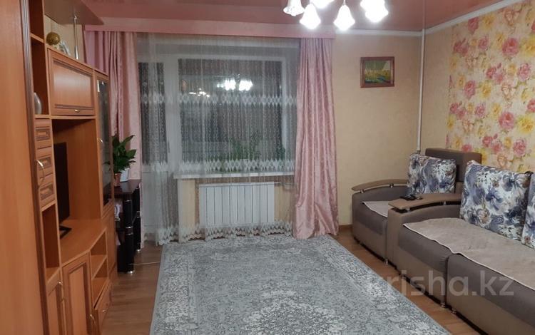 2-комнатная квартира, 53 м², 1/9 эт., Крылова 49/1 за 12 млн ₸ в Усть-Каменогорске