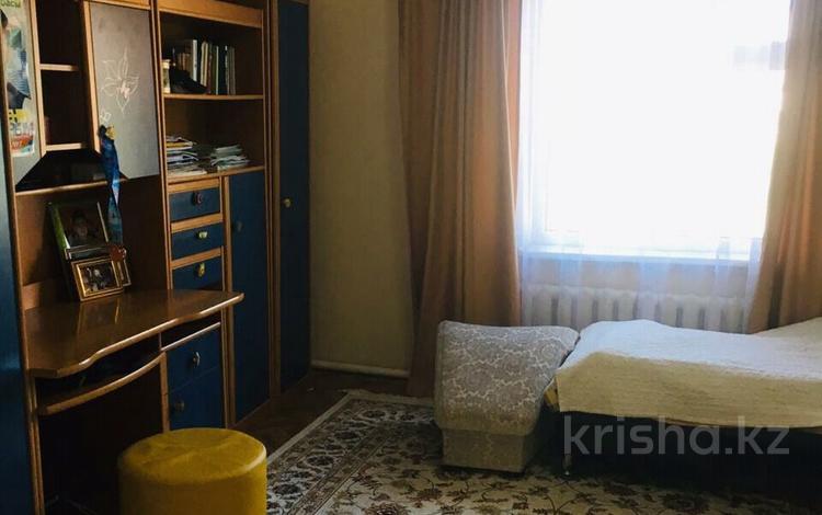 5-комнатный дом, 115 м², 10 сот., мкр Калкаман-3, Шаляпина 20 — Усенова 20 за 78.7 млн ₸ в Алматы, Наурызбайский р-н
