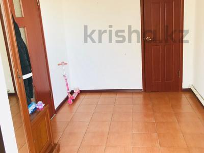 2-комнатный дом, 80 м², 8 сот., мкр Водников-2 15 за 10 млн 〒 в Атырау, мкр Водников-2 — фото 3