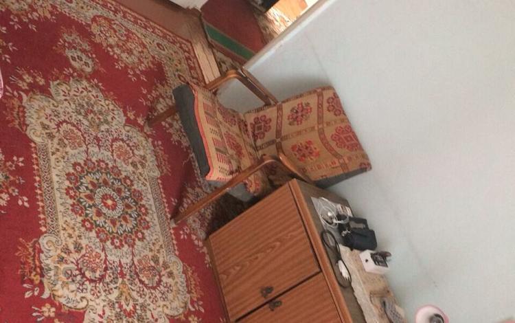 3 комнаты, 16 м², Аносова 45 — Толе би аносова или гайдара за 25 000 ₸ в Алматы, Алмалинский р-н