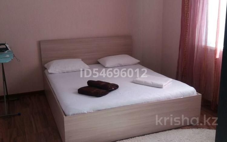 2-комнатная квартира, 58 м², 5/6 этаж посуточно, улица Леонида Беды 40 за 8 000 〒 в Костанае