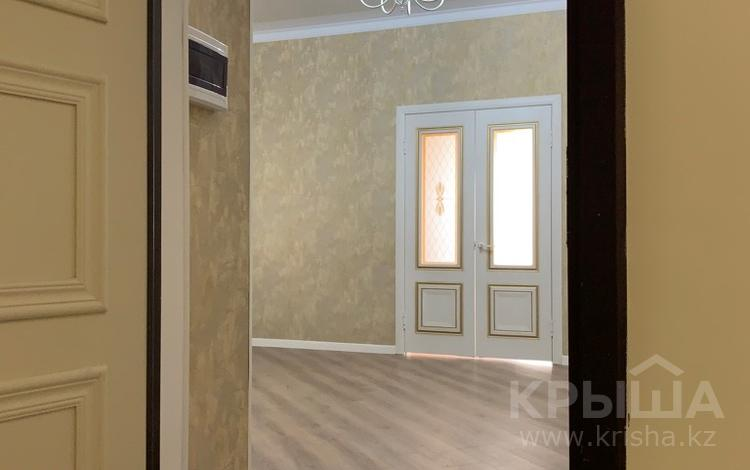 2-комнатная квартира, 84 м², 9/10 эт., 18 мкр 78а — Еримбетова за 22.8 млн ₸ в Шымкенте, Енбекшинский р-н