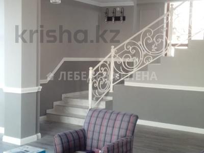 5-комнатный дом, 400 м², 6 сот., мкр Ремизовка за 78 млн 〒 в Алматы, Бостандыкский р-н