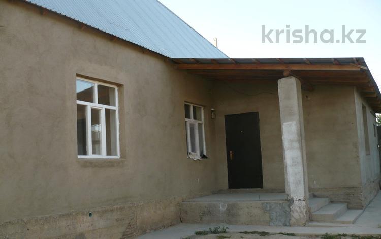 4-комнатный дом, 100 м², 8 сот., Бозарык за 13 млн 〒 в Шымкенте, Каратауский р-н