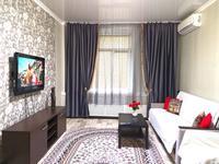 2-комнатная квартира, 75 м², 2/5 этаж посуточно