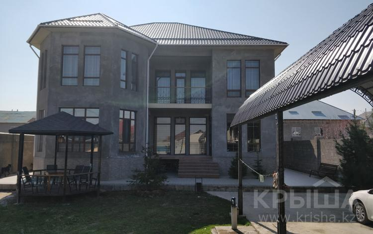 10-комнатный дом, 400 м², 8 сот., Байтерекова 21 — Аксункар за 99 млн ₸ в Шымкенте