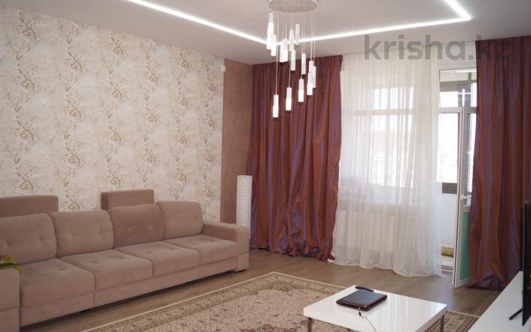 3-комнатная квартира, 110 м², 10/14 этаж, проспект Сарыарка — Шевченко за 52 млн 〒 в Нур-Султане (Астана), Сарыарка р-н