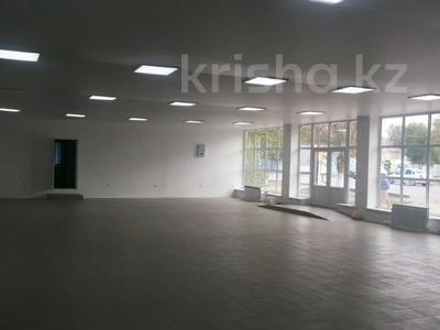 Магазин площадью 310 м², Жургенова 7 за 83 млн ₸ в Атырау — фото 3