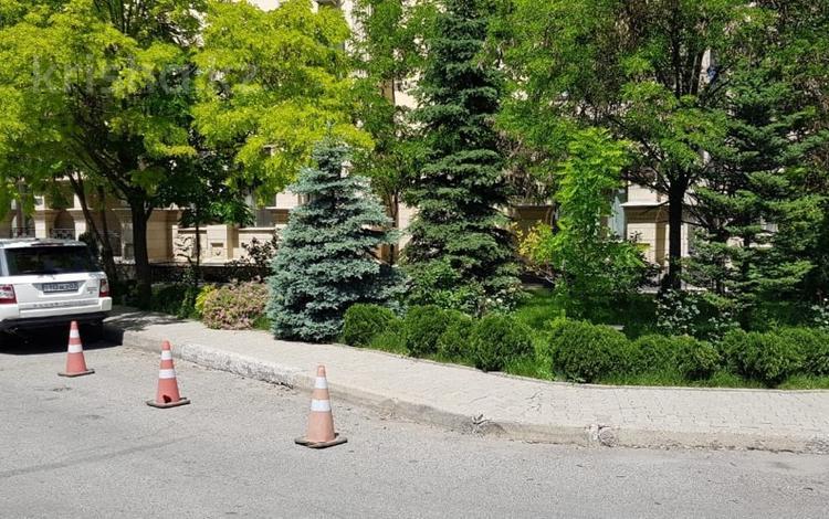 Офис площадью 188 м², мкр Юбилейный, Мкр Юбилейный. улица Омарова 21 за 3 000 ₸ в Алматы, Медеуский р-н