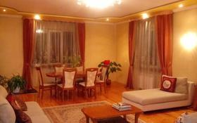 6-комнатный дом посуточно, 400 м², 9 сот., Сапака Датка 2в за 50 000 ₸ в Шымкенте, Аль-Фарабийский р-н