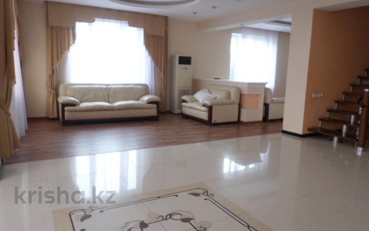 3-комнатный дом, 350 м², 18 сот., Аскарова — Абая за 59 млн 〒 в Таразе