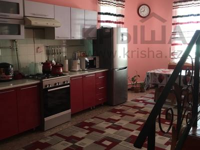9-комнатный дом, 230 м², 6 сот., Жылысбаева за 30 млн 〒 в  — фото 5