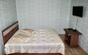 1-комнатная квартира, 38 м², 3/5 этаж посуточно, Бостандыкская 56 — Ауэзова за 6 000 〒 в Петропавловске