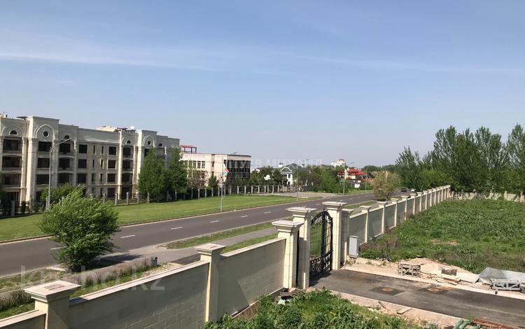Участок 30 соток, мкр Мирас, Садыкова за 646 млн 〒 в Алматы, Бостандыкский р-н