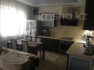 3-комнатная квартира, 110 м², 4/5 этаж, Брусиловского за 60 млн 〒 в Петропавловске — фото 3